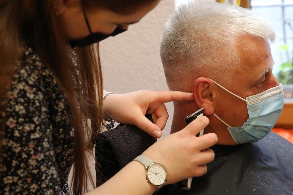 Friseur Haarschnitt Herren Männer Eilenburg